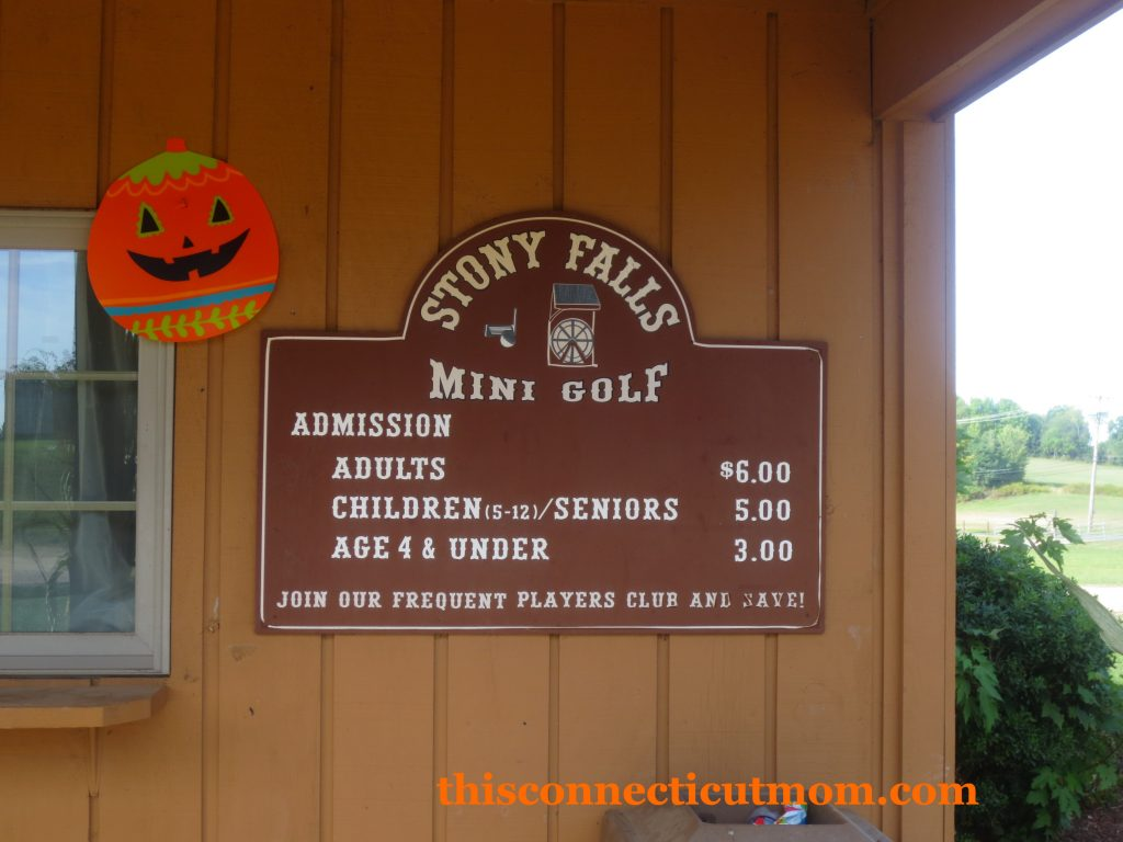 McCrays- Mini Golf